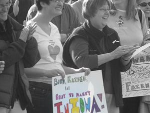 gay-marriage-iowa-300x250.jpg