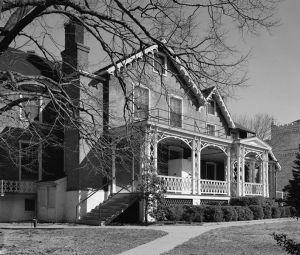 706px-Soldiers-Home-Lincoln-Cottage.jpg