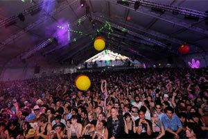 mojo-photo-coachella2009b.jpg
