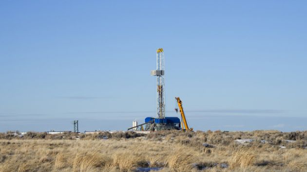 fracking rig, wyoming