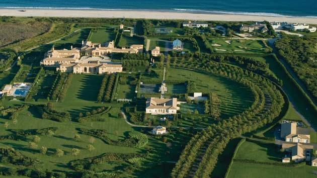 The house that ate the hamptons democratic underground for Biggest homes in the hamptons