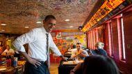 obama at restaurant